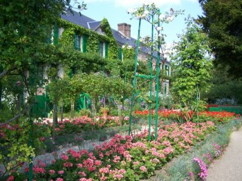 house-monet.jpg