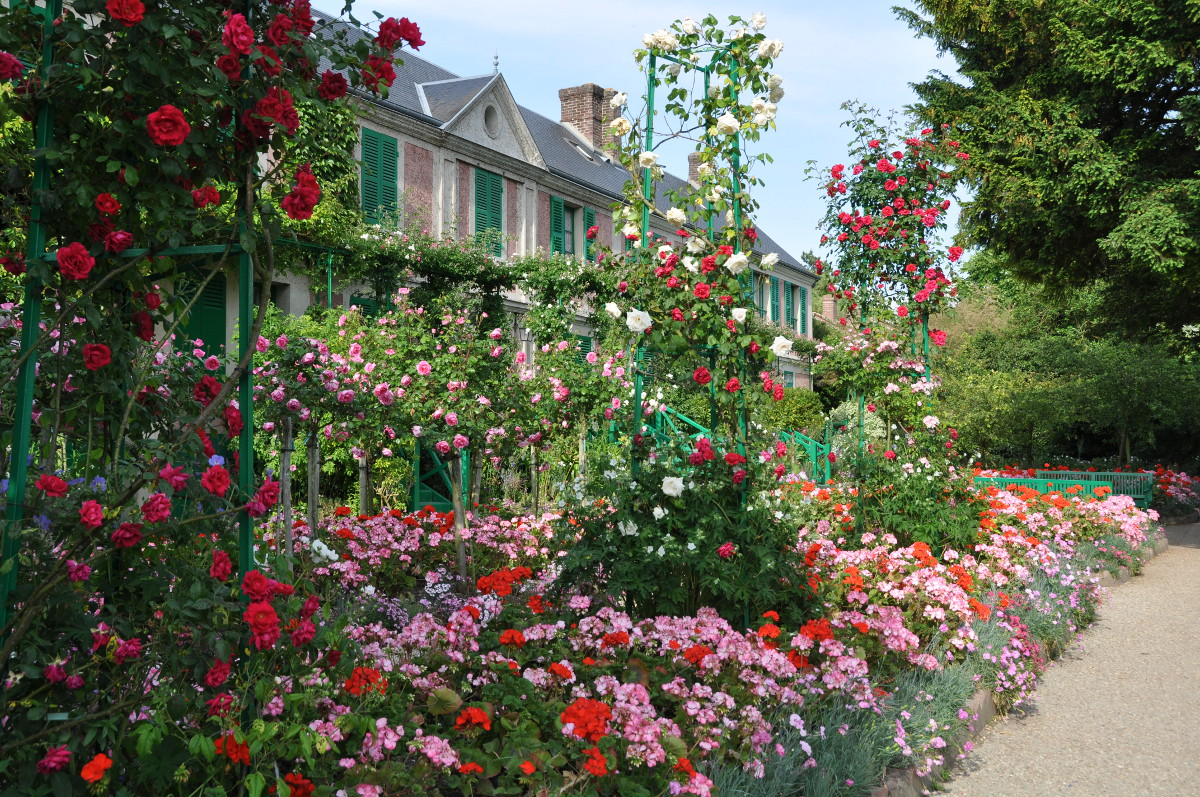 Giverny The Rose Garden