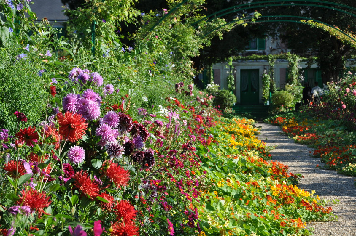 Giverny Monet Gardens France images