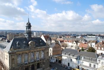 vernon-town-hall.jpg