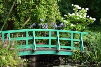 monet-little-bridge