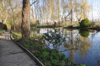 water-garden-march