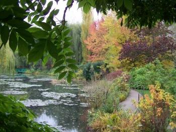 water-garden-monet.jpg