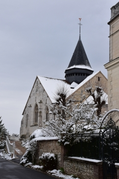 giverny-church-snow