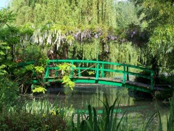 giverny-garden.jpg